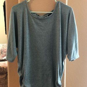 Green mid sleeve shirt